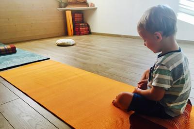 espace anahata arès cours de yoga enfants